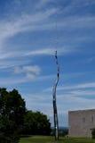 Sto stóp linii Roxy Paine przy Nepean punktem, Ottawa zdjęcia stock