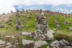 Stoanerne Mandln - Stapel von Steinen Stockfoto