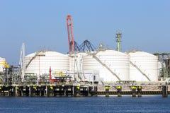 Stoccaggio di petrolio fotografie stock libere da diritti