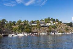 Stoccolma dall'acqua: Skurusundet Nacka Immagini Stock Libere da Diritti