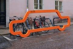 Stoccolma, Svezia, biciclette nel parcheggio originale Immagini Stock Libere da Diritti