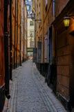Stoccolma, Svezia, via stretta di vecchia città Fotografia Stock