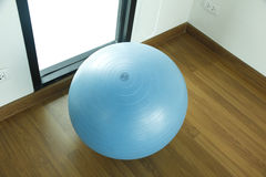 Stock Photo:exercise ball for fitness on wooden floor Stock Images