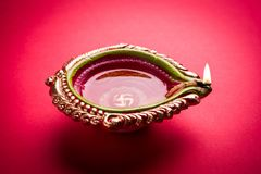 Free Stock Photo Of Diwali Diya Or Clay Lamp Over Red Background, Happy Diwali Royalty Free Stock Photos - 101352638