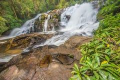 9. Stock von Wasserfall PAs Dok Seaw Lizenzfreies Stockbild