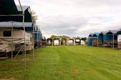 Stockage couvert pour les camping-cars Images libres de droits