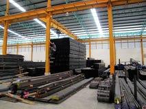 Stockage en acier d'entrepôt Photographie stock libre de droits