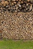 Stockage en bois extérieur Image stock