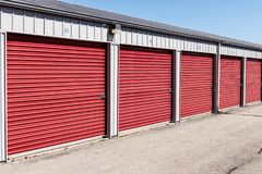 Stockage numéroté d'individu et mini unités de garage de stockage VIII photos libres de droits
