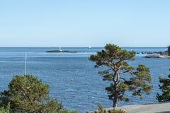 Stockholm-Archipel im Sommer lizenzfreie stockbilder