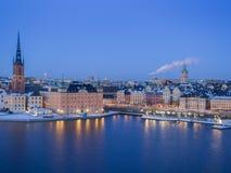 Stockholm bij schemer Stock Foto's
