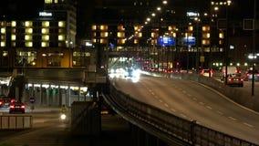 stockholm gammal town Arkitektur, gamla hus, gator och grannskapar Natt ljus lager videofilmer