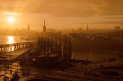 Stockholm guld- solnedgång arkivbilder