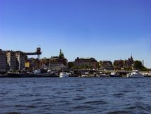 Stockholm huvudstaden av Sverige, är spridning över en slutsumma av 14 öar Royaltyfria Foton