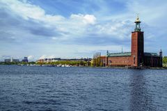 Stockholm i vattnet arkivbild