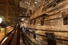 STOCKHOLM - JANUARI 6: 17th århundradeVasakrigsskepp som bärgas från Arkivbild