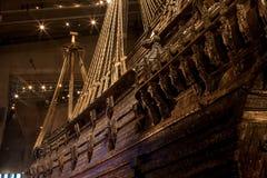 STOCKHOLM - JANUARI 6: 17th århundradeVasakrigsskepp som bärgas från Royaltyfri Bild