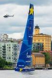 STOCKHOLM - JUNI, 30: SegelbåtEsimit Europa 2 avgår från Stoc Royaltyfri Bild