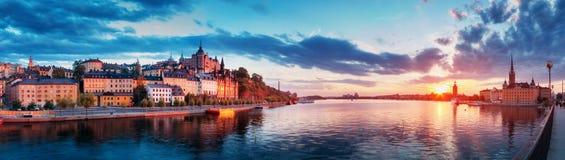 Stockholm la nuit en été Photographie stock libre de droits