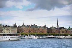 STOCKHOLM, SCHWEDEN - 20. AUGUST 2016: Weg und Besuch vieler Leute Lizenzfreie Stockfotografie