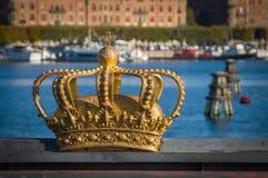 Stockholm, Schweden - 15. Oktober 2016 Die königliche Krone ist die Dekoration des ` das Skeppsholm-Brücke ` in Stockholm Lizenzfreie Stockfotos