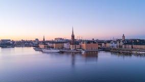 Stockholm stad, horisontdag till den videopd tidschackningsperioden för natt i Sverige, Timelapse 4k arkivfilmer
