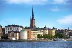 STOCKHOLM, SUÈDE - 20 AOÛT 2016 : Bateau de touristes et vue de G Photos stock