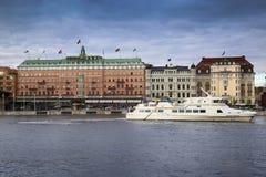 STOCKHOLM SVERIGE - AUGUSTI 19, 2016: Det storslagna hotellet i Stockholm är Fotografering för Bildbyråer