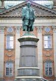 STOCKHOLM SVERIGE - AUGUSTI 19, 2016: Sikt på monumentet av Axel Ox Royaltyfria Foton