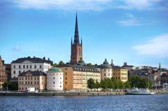 STOCKHOLM SVERIGE - AUGUSTI 20, 2016: Turistfartyg och sikt av G Arkivfoton