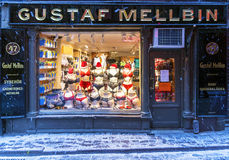 STOCKHOLM, SWEDEN - JANUARY 4: a show-window of Shop on sale of Royalty Free Stock Photos