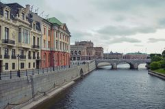 Stockholm, Sweden - July 2014: Norrbro Bridge linking Norrmalm and old district of Stockholm in Gamla Stan.  Royalty Free Stock Photos