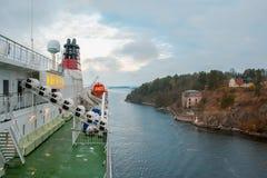 STOCKHOLM SWEDEN-OCTOBER 26: Viking Line färjaflöte på fjordar av Östersjön, Sverige OKTOBER 26 2016 Viking Line av stamgästen fl Arkivbilder