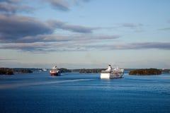 STOCKHOLM SWEDEN-SEPTEMBER 28: Silja Line och Viking Line ferrie Fotografering för Bildbyråer