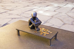 Stockholm sweden Statue de garçon de fer Images stock