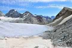 Stockji Gletscher Schonbielhorn und Pointe de Zinal lizenzfreies stockfoto