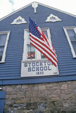 1832 Stockton-School met Amerikaanse Vlag, Stockton, NJ Royalty-vrije Stock Fotografie