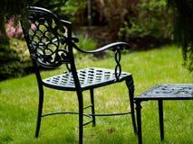 Stoel in de tuin Royalty-vrije Stock Foto