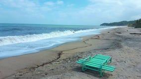 Stoel op strand stock foto