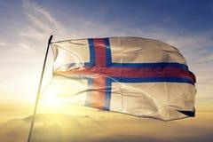 Stof die van de de vlag textieldoek van de Faeröer de nationale op de bovenkant golven vector illustratie