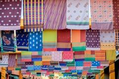 Stoff, indischer Bezirk Singapur stockbild