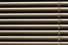 Stoffige vensterzonneblinden Stock Afbeelding