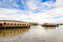 stojącej wody houseboat Obrazy Royalty Free