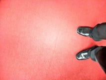Stojak na czerwonym chodniku obraz royalty free