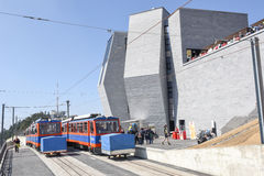 Stojaka pociąg który dosięga szczyt góra Generoso Obrazy Stock
