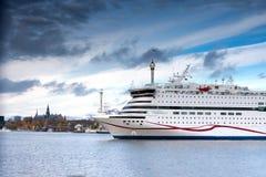 STOKCHOLM, SWEDEN-OCTOBER 26 :轮渡北欧海盗线被停泊在停泊在市斯德哥尔摩,瑞典2016年10月26日 免版税库存图片