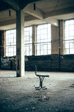 Stol i en fabrik arkivfoton