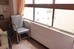 Stol i sjukhuslokal Arkivfoton