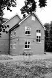 Stol och hus Arkivfoto