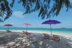 Stol på stranden Royaltyfri Foto